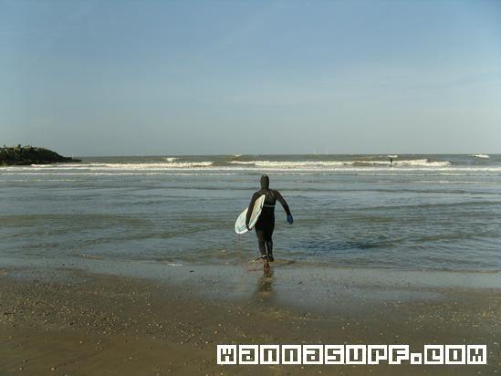 Surf hits The Hague