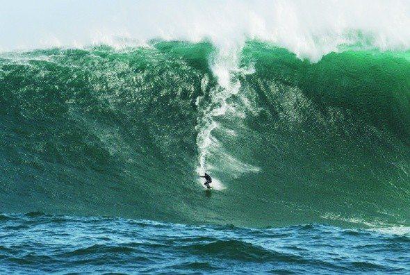 Ko surfaš big waves že 10 let