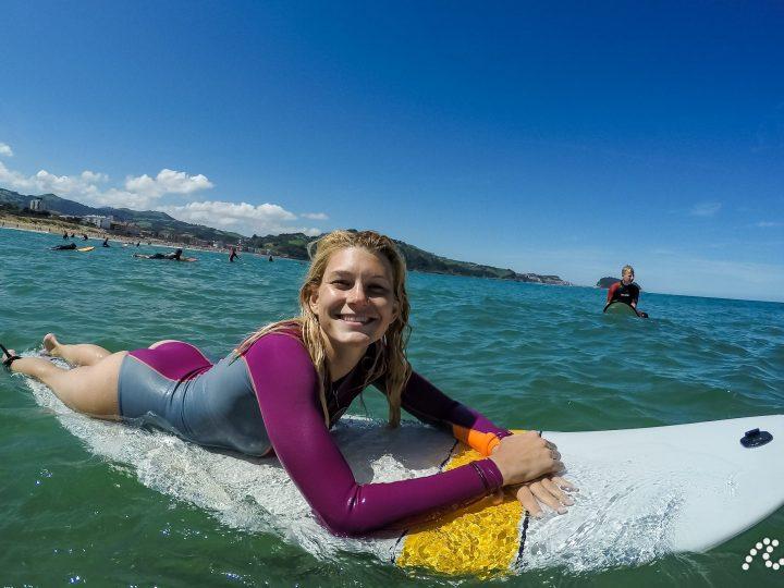 Surf šola – popoln vodič za začetnike