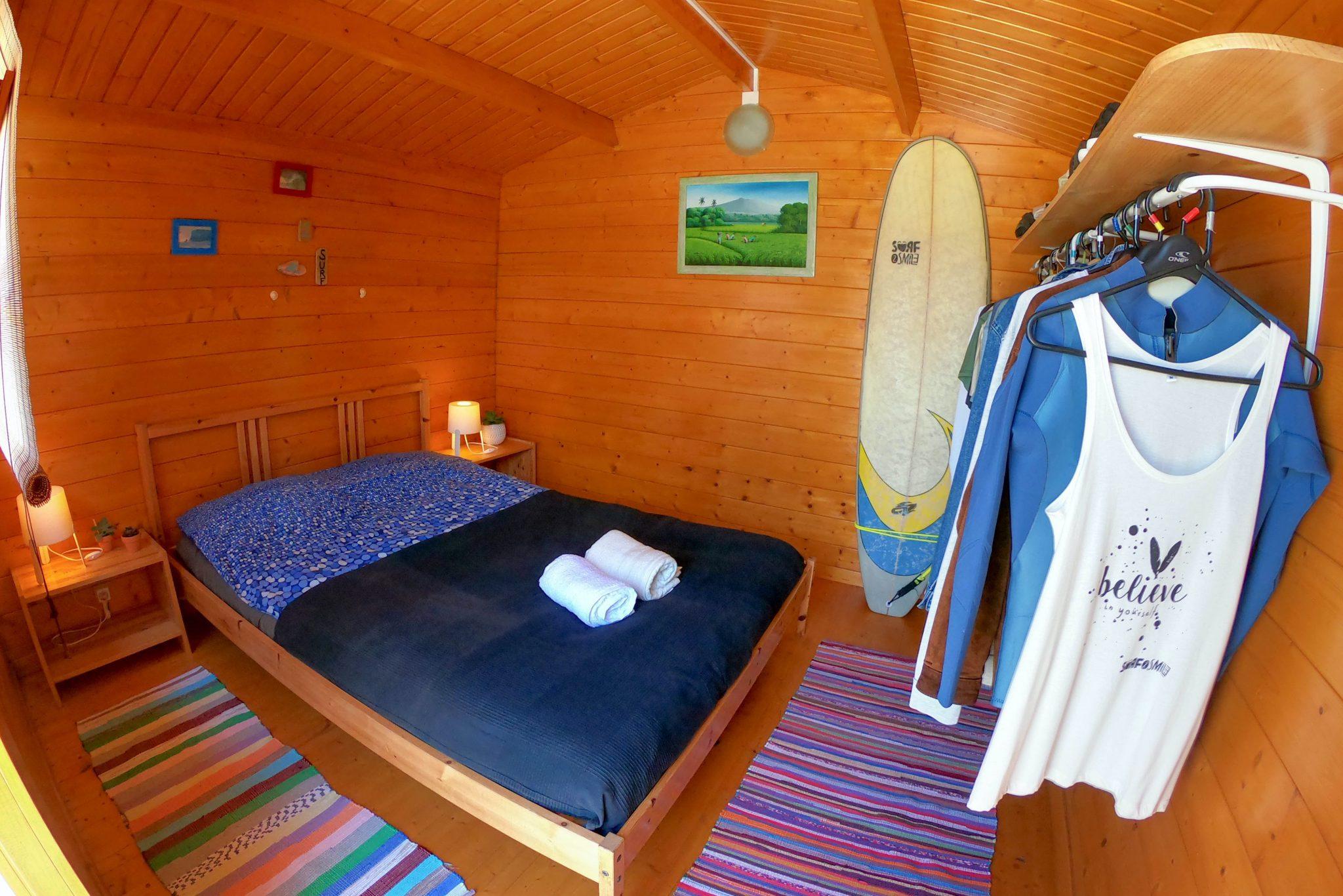 surf hut portugalska